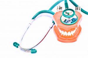 Ubehandlet diabetes kan gi dårligere tannhelse.